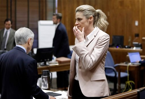 Sportscaster and television host Erin Andrews walks back to her seat after giving testimony Tuesday, March 1, 2016, in Nashville, Tenn. (AP Photo/Mark Humphrey, Pool)