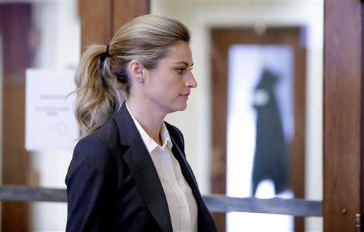 Sportscaster and television host Erin Andrews walks to the courtroom Monday, March 7, 2016, in Nashville, Tenn. Andrews' $75 million lawsuit against the franchise owner and manager of a luxury hotel and a man who admitted to making secret nude recordings