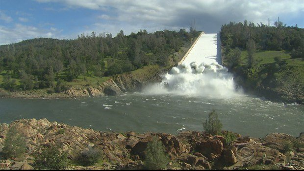 A California reservoir released millions of gallons per minute CBS NEWS