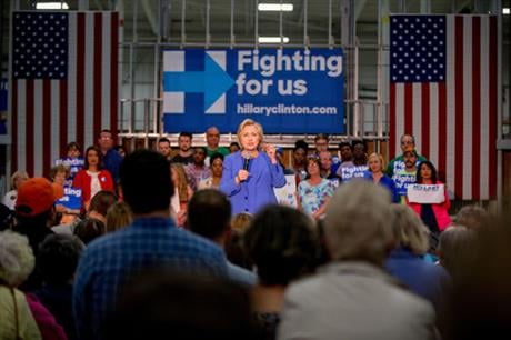Democratic presidential front-runner Hillary Clinton sought to avoid primary losses in Kentucky and Oregon on Tuesday, aiming to blunt the momentum of challenger Bernie Sanders ahead of a likely general election matchup against Republican Donald Trump. (A