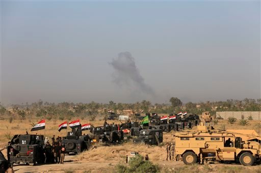 Iraqi military forces prepare for an offensive into Fallujah to retake the city from Islamic State militants in Iraq, Monday, May 30, 2016. An Iraqi special forces commander says they have started pushing into Fallujah as part of the ongoing operation to
