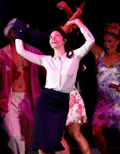 "Actress Jessica Biel performs during ""Guys and Dolls"" in concert at The Hollywood Bowl in Los Angeles on Friday, July 31, 2009. (AP Photo/Matt Sayles)"
