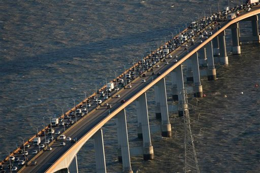Traffic clogs the west bound lanes of the San Mateo Bridge in San Mateo, Calif., Wednesday, Oct. 28, 2009. (AP Photo/Marcio Jose Sanchez)