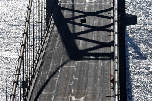 The San Francisco-Oakland Bay Bridge remains closed today in San Francisco, Saturday, Oct. 31, 2009.  (AP Photo/Russel A. Daniels)