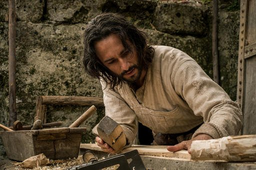 "This image released by Paramount Pictures shows Rodrigo Santoro portraying Jesus in a scene from ""Ben-Hur."" The big-budget remake of 'Ben-Hur' was trampled under a herd of holdovers and new releases at the box office, the latest casualty in a bruising sum"