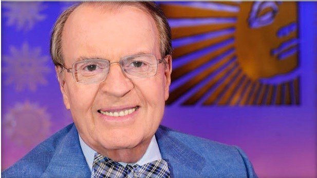 "Charles Osgood, host of CBS' award-winning ""Sunday Morning"" for 22 years.  JOHN PAUL FILO/CBS BROADCASTING INC."