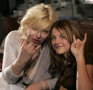 FILE - In this May 25, 2005 file photo, actress-singer Courtney ... AP Mon Dec 14, 8:14 PM ET Previous 3 of 227 Next  FILE - In this May 25, 2005 file photo, actress-singer Courtney Love, left, gestures with her daughter Frances Bean.