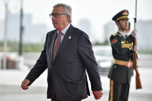 President Jean-Claude Juncker of the European Commission arrives at the Hangzhou Exhibition Center to participate in G20 Summit, Sunday, Sept. 4, 2016 in Hangzhou, China. (Etienne Oliveau/Pool Photo via AP)