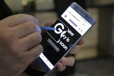 "The Federal Aviation Administration issued the warning Sept. 8, citing ""recent incidents and concerns raised by Samsung about its Galaxy Note 7 devices."" It is extremely unusual for the FAA to warn passengers about a specific product. (AP Photo/Richard Dr"