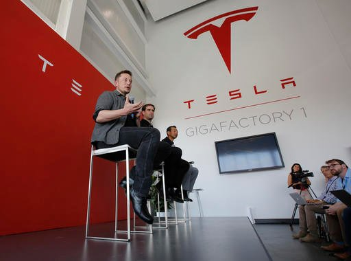 Tesla to build California utility battery storage project