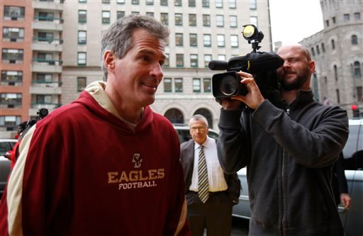 U.S. Sen.-elect Scott Brown, R-Mass., arrives at the Park Plaza hotel before a news conference, Wednesday, Jan. 20, 2010, in Boston. (AP Photo/Robert F. Bukaty)