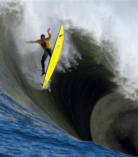 Ion Banner loses control on a giant wave during the first heat of the Mavericks surfing contest Saturday, Feb. 13, 2010, in Half Moon Bay, Calif. (AP Photo/Ben Margot)