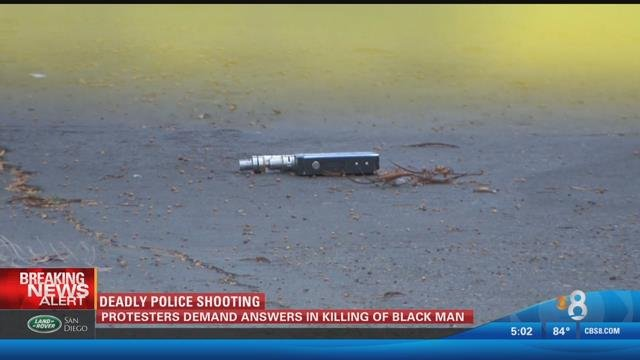 Police shooting victim was pointing e-cigarette