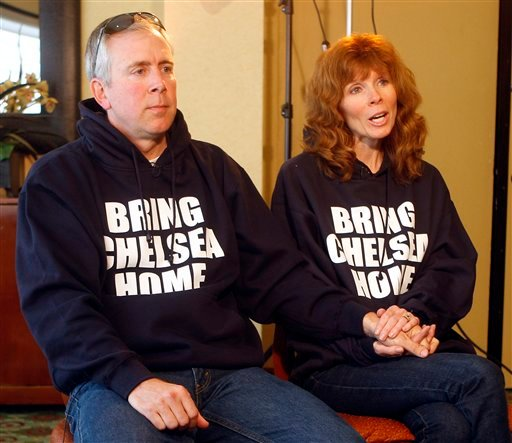 Kelly King, right, with her husband, Brent, talks about her daughter, Chelsea, 17, who has been missing since Feb. 25 during an interview Monday March 1, 2010 in San Diego. (AP Photo/Lenny Ignelzi)