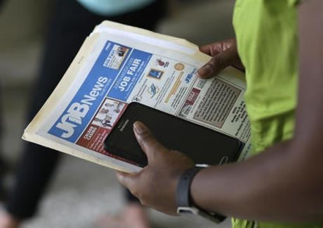 On Thursday, Oct. 13, 2016, the Labor Department reports on the number of people who applied for unemployment benefits a week earlier. (AP Photo/Lynne Sladky, File)