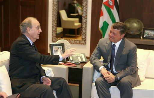 King Abdullah II of Jordan, right, meets with U.S. Mideast envoy George Mitchell, left, in Amman, Jordan, Monday, March, 22, 2010. (AP Photo/Nader Daoud, Pool)