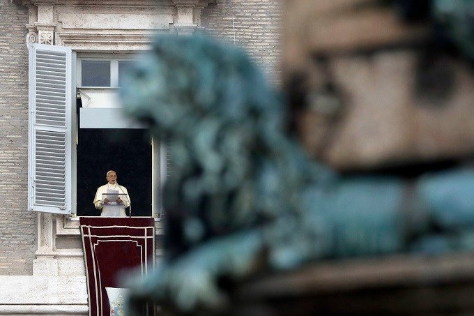 """Pope Francis delivers the Angelus noon prayer in St. Peter's Square at the Vatican, Sunday, Nov. 6, 2016. The pontiff held a special Jubilee Mass for prisoners in St. Peter's Basilica on Sunday, telling them """"we have all made mistakes"""" and urging them to"""