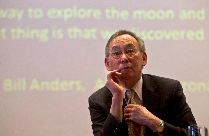 U.S. Secretary of Energy Steven Chu delivers a lecture at the Indian Institute Of Technology in New Delhi, India, Tuesday, April 16, 2013. Chu, co-winner of the 1997 Nobel Prize for Physics, is in India to attend the Clean Energy Ministerial, a global for