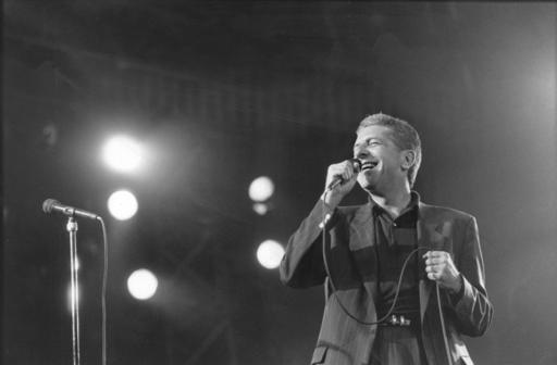 Leonard Cohen in concert in Sweden - 1988