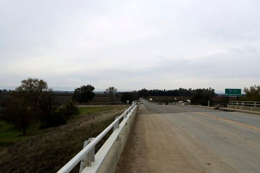 A section of road along County Road 17 from the Interstate 5 overpass in Redding, Calif., shown on Friday, Nov. 25, 2016, is where Sherry Papini, a 34-year-old wife and mother was found on Thanksgiving Day. (Andreas Fuhrmann/Record Searchlight via AP)