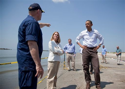 President Barack Obama, and LaFourche Parish president Charlotte Randolph, center, get a briefing from U.S. Coast Guard Admiral Thad Allen, National Incident Commander for the BP Deepwater Horizon oil spill.