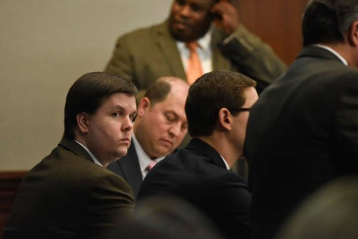 Justin Ross Harris sits with his defense team in the Glynn County Courthouse in Brunswick, Ga., Monday, Nov. 14, 2016.