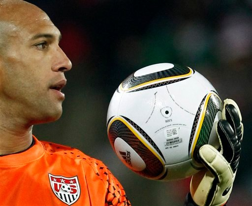 United States goalkeeper Tim Howard holds the ball during the World Cup group C soccer match between England and the United States at Royal Bafokeng Stadium in Rustenburg, South Africa, Saturday, June 12, 2010. (AP Photo/Bernat Armangue)