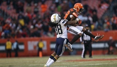 Cleveland Browns wide receiver Corey Coleman (19) makes a catch for a first down against San Diego Chargers cornerback Trovon Reed (38) in the second half of an NFL football game, Saturday, Dec. 24, 2016, in Cleveland. The Browns won 20-17.