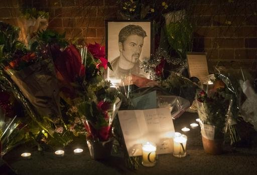 Reaction to the death of George Michael, London, UK - 26 Dec 2016 Back to search results 71 of 703 results Reaction to the death of George Michael, London, UK - 26 Dec 2016      Overview     Get price  Tributes outside the home of British musician George