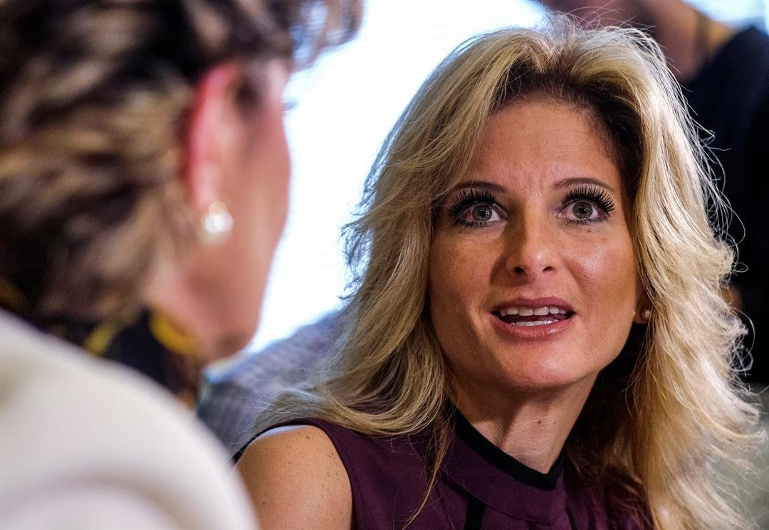 Summer Zervos, right, speaks alongside her attorney Gloria Allred during a news conference in October 2016. (AP Photo/Ringo H.W. Chiu)