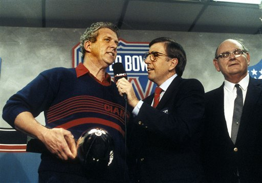 New York Giants coach Bill Parcells talks with announcer Brent Musburger about a Super Bowl XXV victory in Tampa.