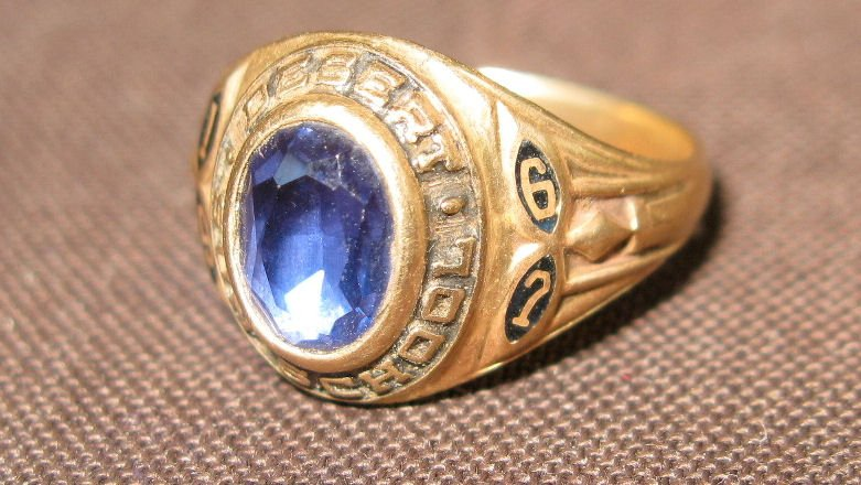 Desert Sun School, Class of '67 ring
