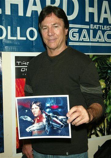 Richard Hatch from the TV shows All My Children and Battlestar Galactica participating in Mike Carbonaro's Comic Book, Art and Sci-Fi Expo where celebrities sell personally autographed photos.