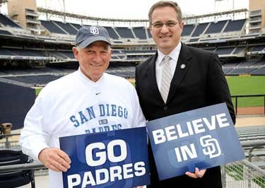 Mayor Jerry Sanders with COO of the San Diego Padres Tom Garfinkel.