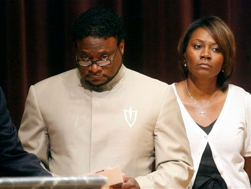 Bishop Eddie Long prepares to speak at a news conference, Sunday, Sept. 26, 2010, at New Birth Missionary Baptist Church in Atlanta. (AP Photo/John Amis, Pool)