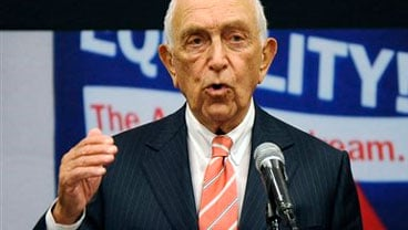 U. S. Senator Frank Lautenberg (D-N.J.) speaks at a statewide town meeting in memory of Rutgers student Tyler Clementi Wednesday, Oct. 6, 2010 at the Rutgers University Student Center in New Brunswick, N.J. (AP Photo/Bill Kostroun)