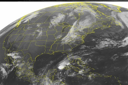 This NOAA satellite image taken Thursday, Oct. 14, 2010 at 01:45 a.m. EDT shows a swath of clouds over the northeastern corner of the nation. (AP Photo/Weather Underground)