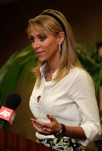Sainz, who said the New York Jets made her feel uncomfortable in their locker room, is returning to work next week, but says she'll do her interviews outside the locker room. (AP Photo/Jae C. Hong)