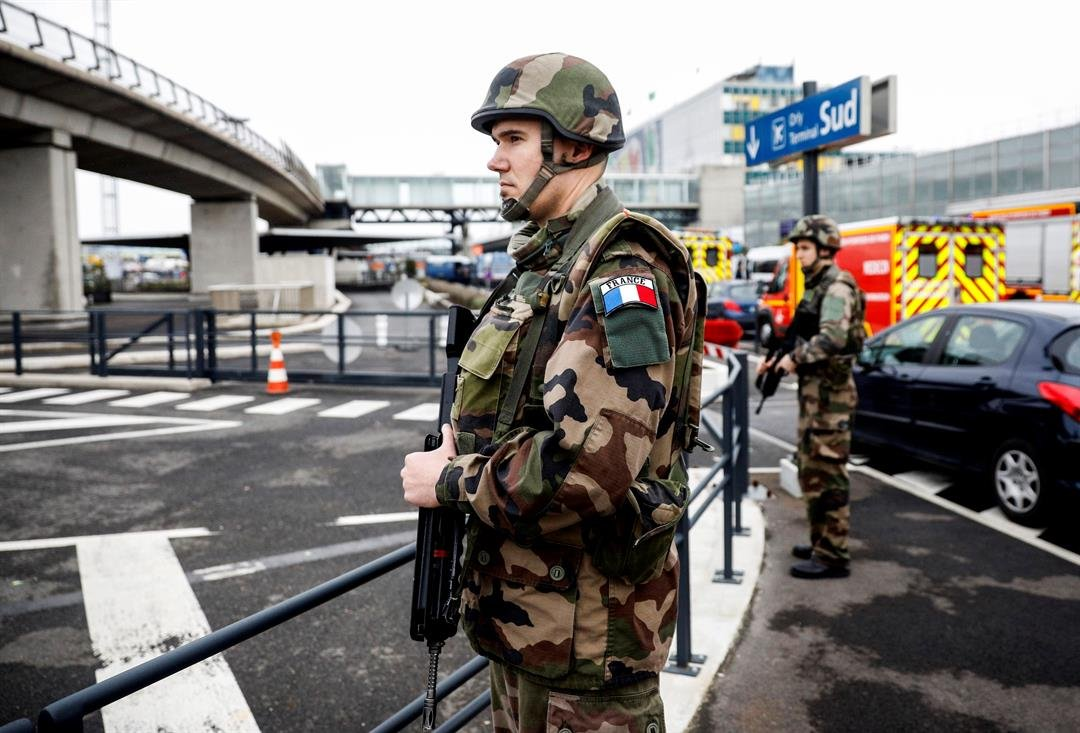 Soldiers patrol at Orly airport, south of Paris, Saturday, March, 18, 2017. (AP Photo/Kamil Zihnioglu)