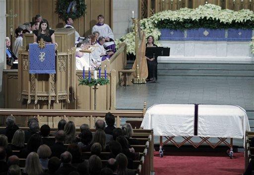 Cate Edwards, oldest daughter of Elizabeth and former Sen. John Edwards, speaks at the funeral services for Elizabeth Edwards at Edenton Street United Methodist Church in Raleigh, N.C., Saturday, Dec. 11, 2010. (AP Photo/Robert Willett, Pool)