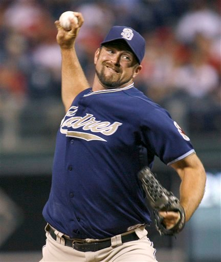 Heath Bell has agreed to a $7.5 million, one-year contract and four other San Diego players also received deals Tuesday, Jan. 18, 2011, that avoided arbitration.