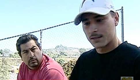 Carlos Partida (front) and his fellow construction worker, Mario Contreras.