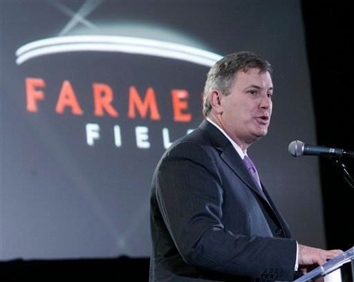 AEG chief executive Tim Leiweke speaks at the Los Angeles Convention Center.