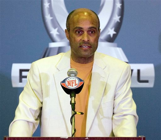 This Jan. 25, 2011, file photo shows Ray Anderson, the NFL league's chief disciplinarian, addressess the media during a Pro Bowl NFL football news conference at the Hilton Hawaiian Village, in Honolulu. (AP Photo/Eugene Tanner, File)