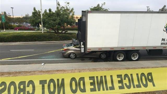 Driver killed after slamming into parked big rig in Chula Vista