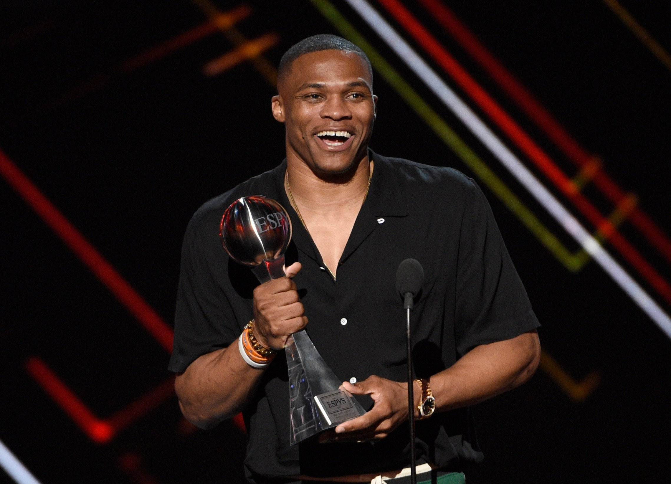 NBA basketball player Russell Westbrook, of the Oklahoma City Thunder, accepts the award for best male athlete at the ESPYS at the Microsoft Theater on Wednesday, July 12, 2017, in Los Angeles. (Photo by Chris Pizzello/Invision/AP)