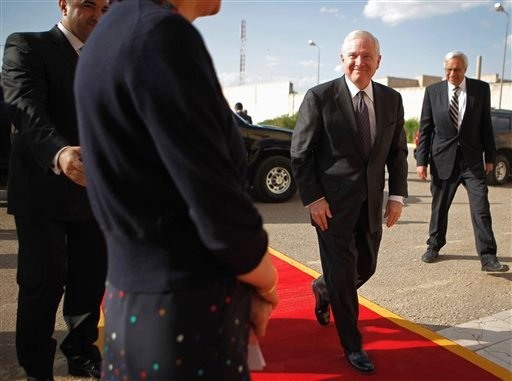 Defense Secretary Robert Gates arrives at the presidential palace for a meeting with Iraqi President Jalal Talabani, Thursday, April 7, 2011, in Baghdad, Iraq.