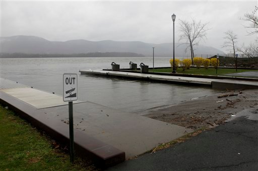 A boat ramp where a woman drove her minivan into the Hudson River is seen in Newburgh, N.Y., Wednesday, April 13, 2011. (AP Photo/Seth Wenig)
