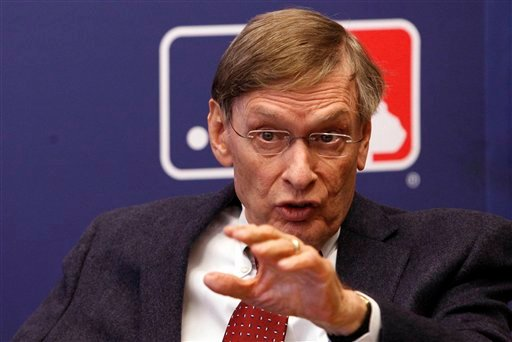 Major League Baseball Commissioner Bud Selig gestures while speaking during a news conference, April 21, 2011, in New York. (AP Photo/Frank Franklin II)