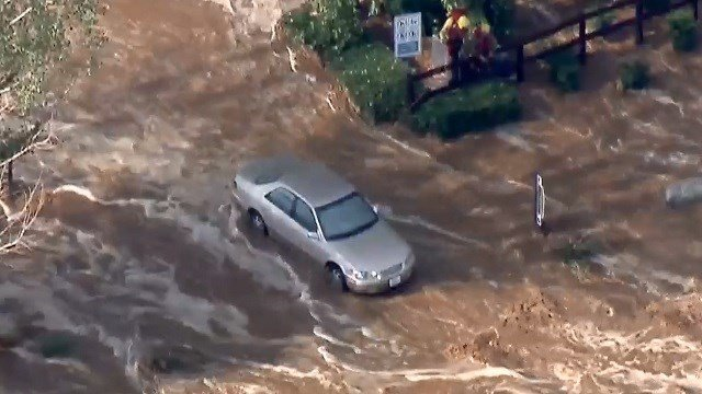 Southern California thunderstorms leave damage
